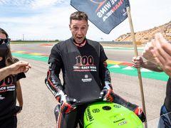 Jonathan Rea slaví v Aragónu svůj stý triumf v závodě MS superbiků.